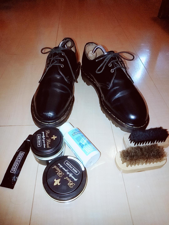 ADAMU(アダム) アダムと革靴