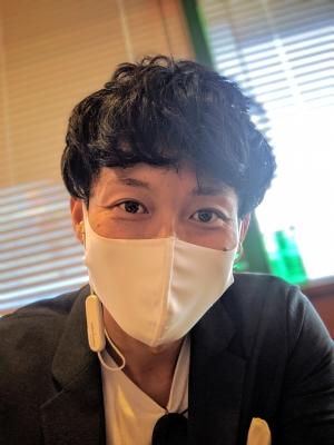 KONOSUKE(コウノスケ) 白マスクに変更✌️