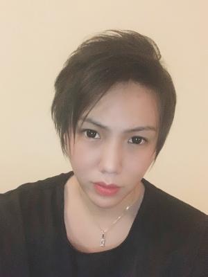 IZUMI(イズミ) 髪切りました