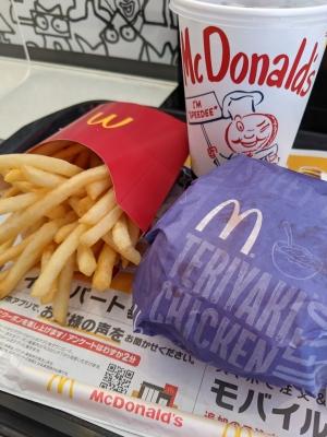 KONOSUKE(コウノスケ) 今日のお昼はね