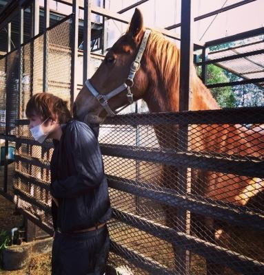 MAKOTO(マコト) 馬に脱がされ。。
