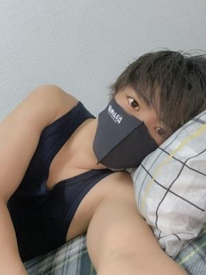 CHUTA(チュウタ) 一緒に寝ます?♡