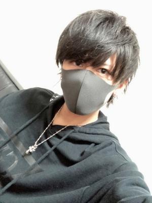 KATSUKI(カツキ) 3カメ同時キャス