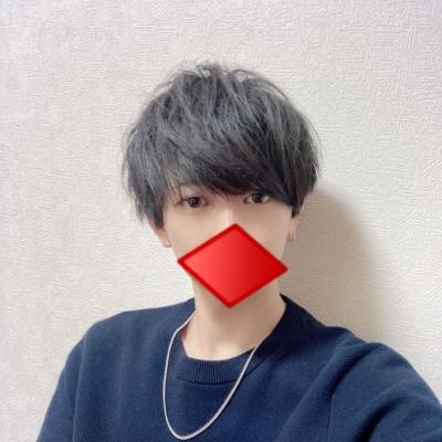 YUURI(ユーリ) ユーリです!髪切りました〜