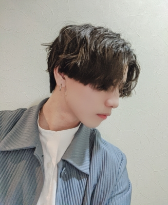 UMI(ウミ) 髪の毛くるくる