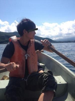 MANABU(マナブ) 船の上で待機中