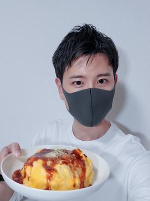 HINATA(ヒナタ) 好きな食べものは?