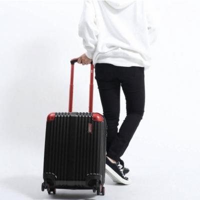 ISSEI(イッセイ) いっせいのスーツケースの秘密