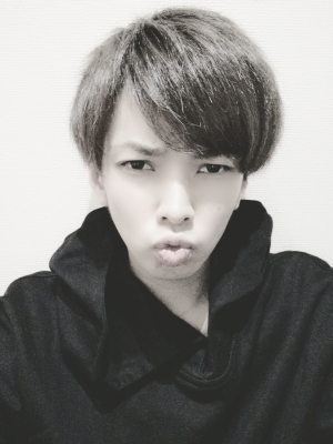 L(エル) 唇