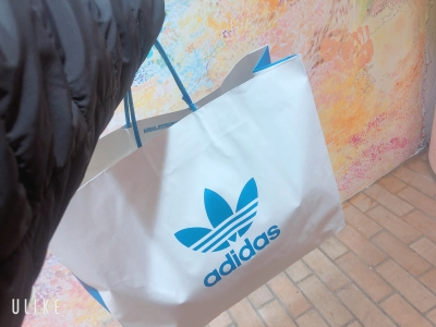 OTOHA(オトハ) 今日はちょっぴりお買い物♪