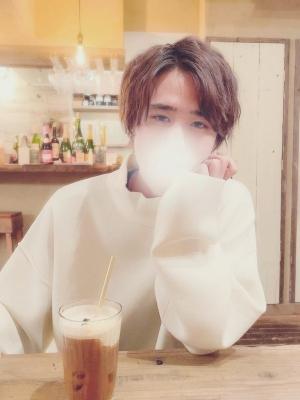 IORI(イオリ) おはよ〜♪